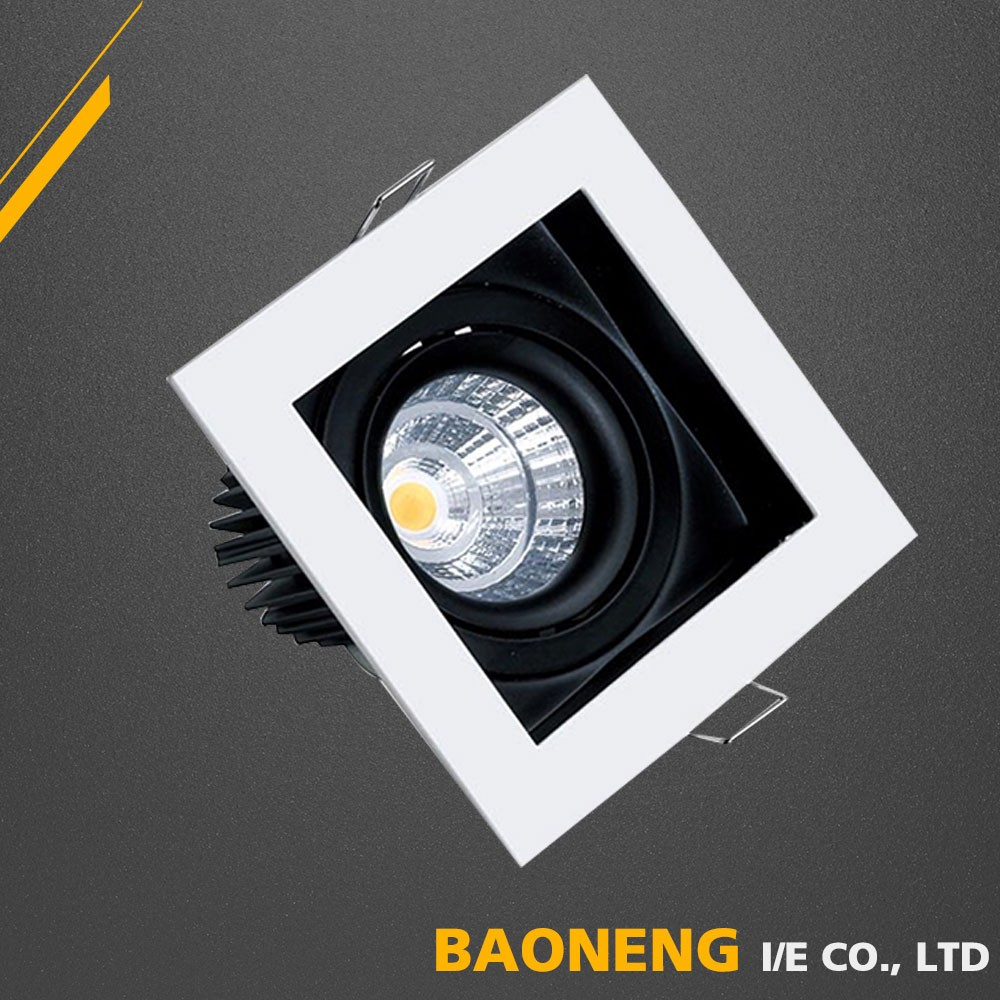 Zinc Alloy Die Casting Molding 7W Recessed LED Ceiling Lighting With SAA CE RoHS Approved