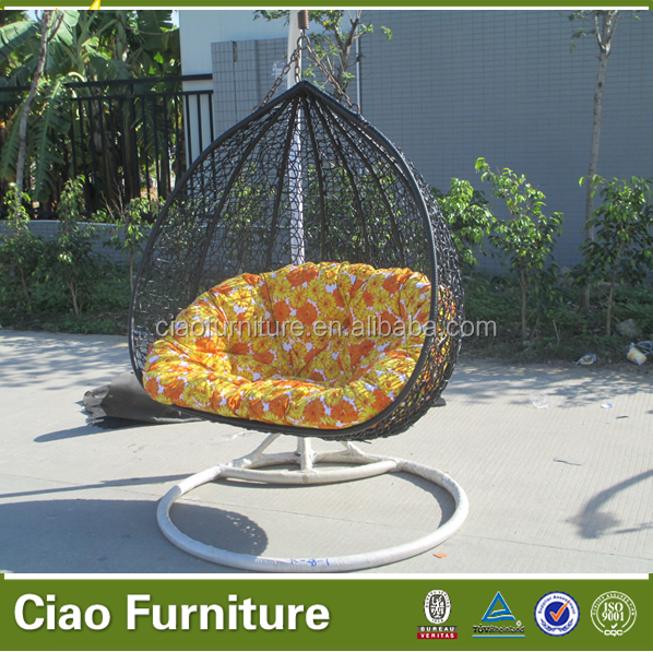 Durable rattan outdoor furniture garden swing for the dacha