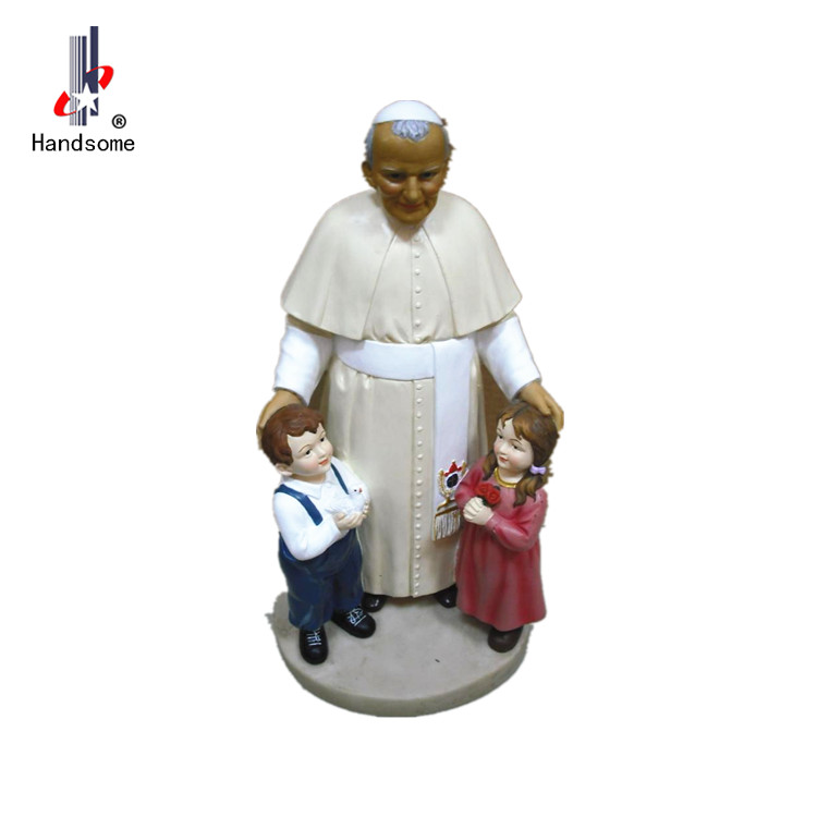 Resin home decoration Pope and children Religious statue