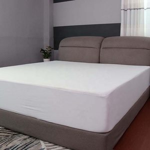 Fitted bed sheet polyester mattress cover crib waterproof hospital mattress protector