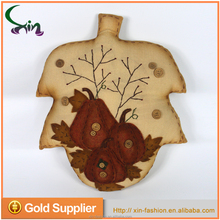 H037A China wholesale factory maple leaf decoration for home party