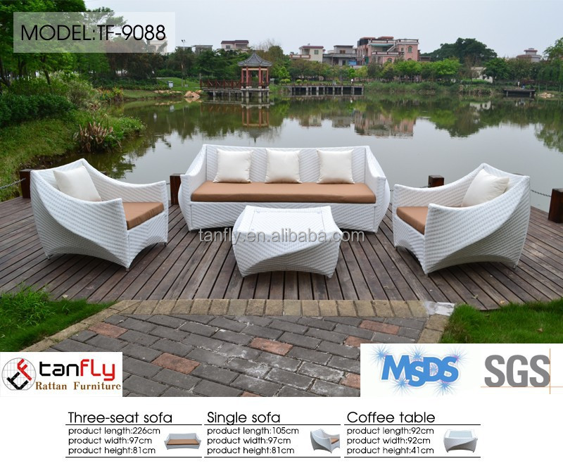 4 pieces high quality UV resistant Rattan/wicker leisure outdoor/indoor sofa and coffee table set