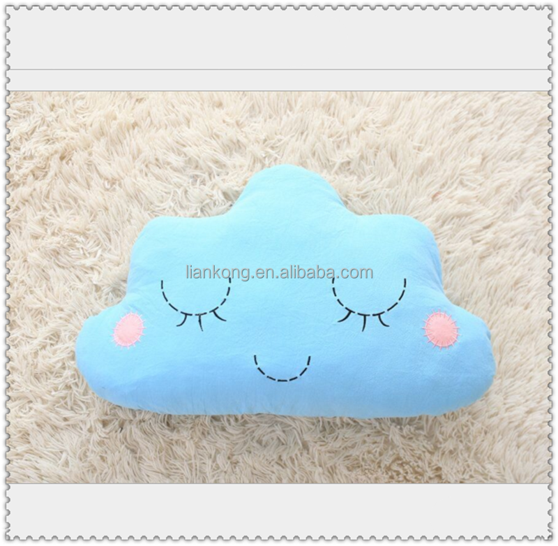 Cheap cotton cloud shape pillow for baby sleeping or decoration