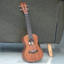 Andrew Mini Gitaar 26 inch Mahonie <span class=keywords><strong>Ukulele</strong></span>