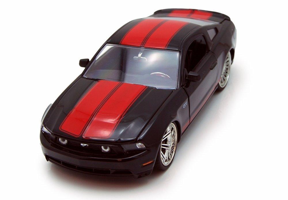 Buy 2010 Ford Mustang GT, 黒 w/ 赤 Stripes Jada Toys