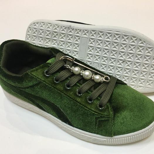265fdb7dfe189 Yüksek Kaliteli Ayakkabı Pin Up Üreticilerinden ve Ayakkabı Pin Up  Alibaba.com'da yararlanın
