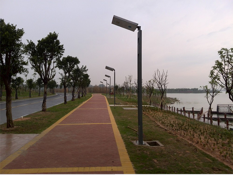 Outdoor 50W 60W High Efficiency Solar Street Light IP65 Waterproof LED Street Lighting For Garden Square