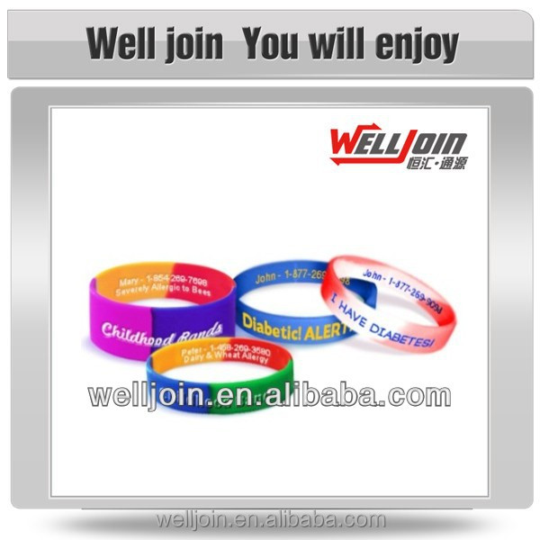 Fashionable Glow in The Dark Silicone Wristbands/Bracelets