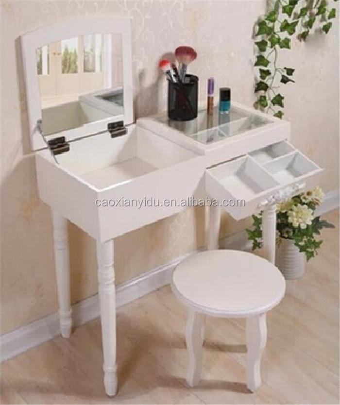 Mini dresser european korean style small cosmetics bed for Mini makeup desk