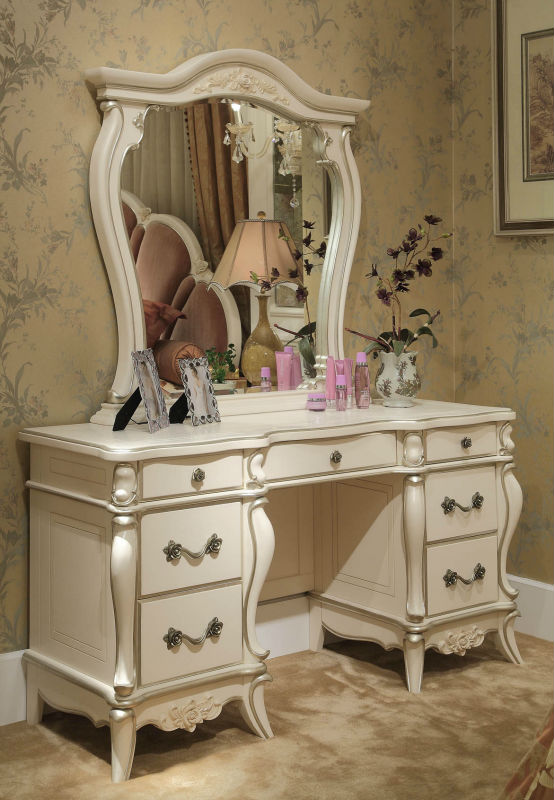 French Style Bedroom Dressing Table With Mirror Classic