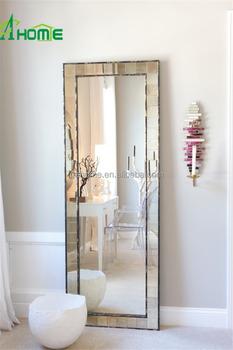 https://sc01.alicdn.com/kf/HTB14Gb_MVXXXXb0XFXXq6xXFXXX7/Modern-design-home-decor-large-bedroom-frame.jpg_350x350.jpg