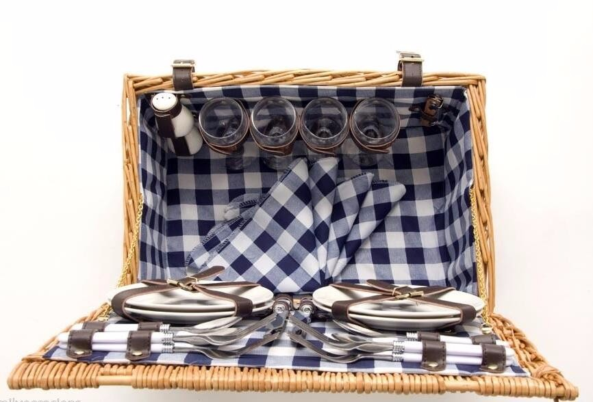 4 PERSON WICKER PICNIC BASKET (NATURAL)