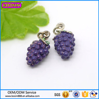 Custom 3D alloy jewelry fruit charm, purple grape charm hot sale