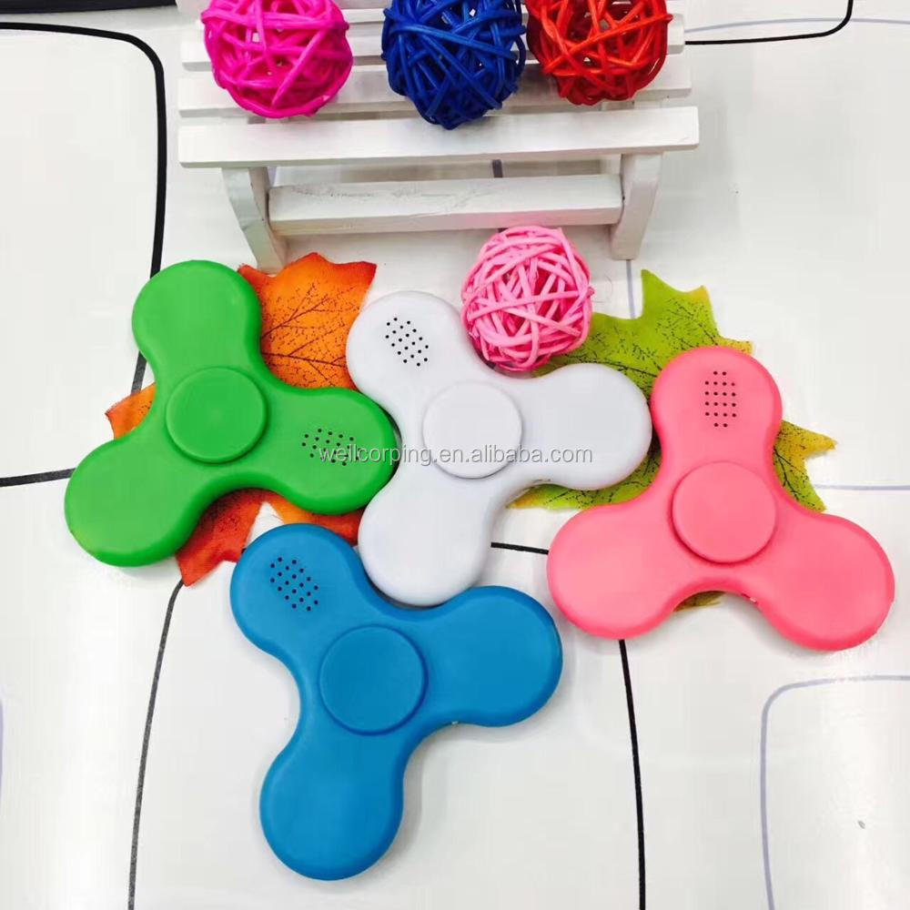 Newly arrived fidget toy so cool finger spinner with Bluetooth speaker and LED lamp figet spinner