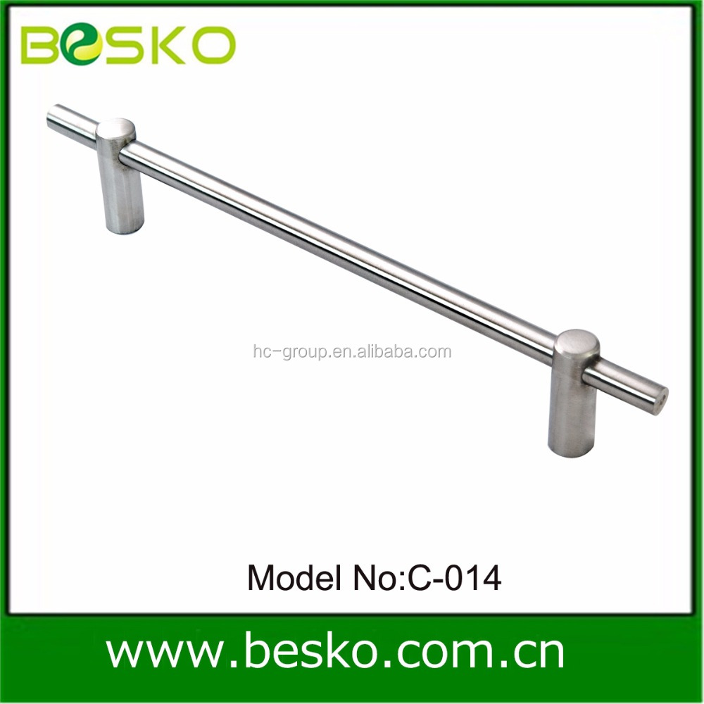 Handls and pulls Kitchen cabinet handles and pulls