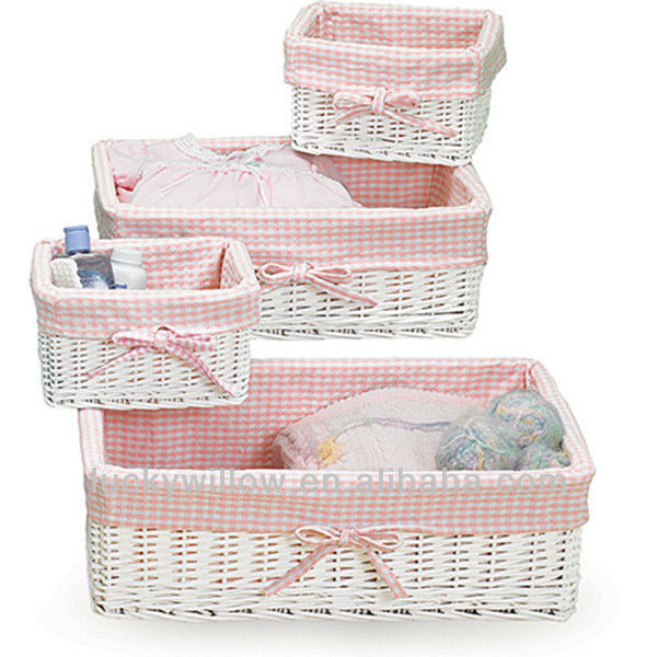 White Christmas Gingham Liner Wicker Empty Gift Basket View Lucky Woven Product Details From Linyi Handicraft Factory On Alibaba