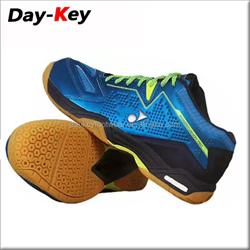 Wholesale Breathable Brand Style Red Color Men Table Tennis Shoes