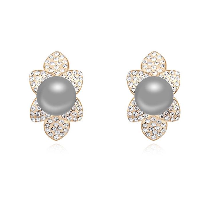 Albaba Gold Ear Tops Designs Daily Wear Pearl Earring Designs ...