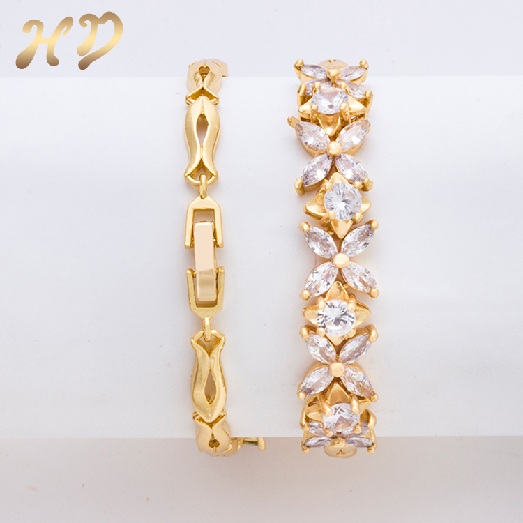 Hot Sale European Charm Flower Shape Gold Plated Cz Bracelet