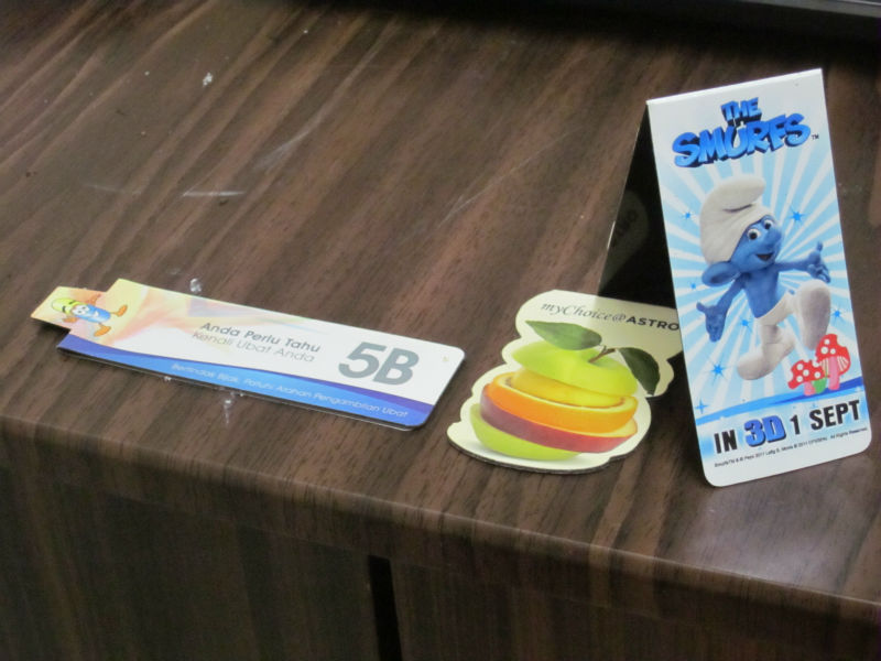 magnetic bookmark with eva