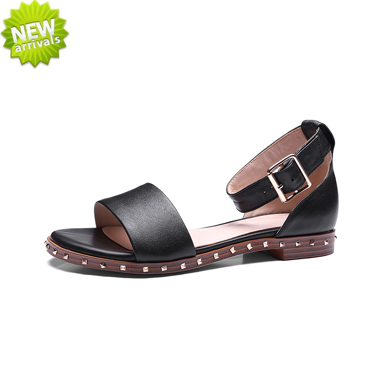 comfortable rivets strap buckle genuine leather flat handmade fancy sandals for ladies