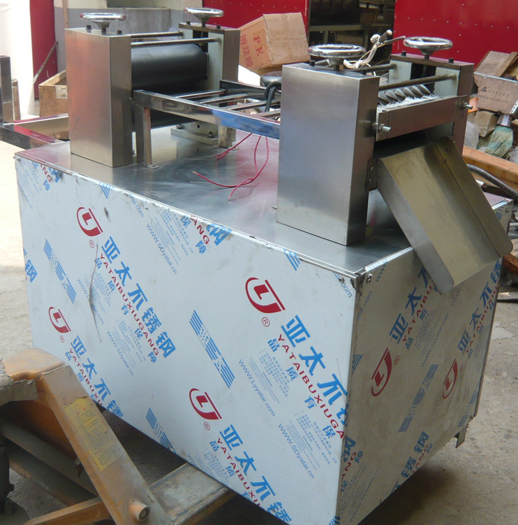 Automatic Panko Japanese bread crumbs powder making extruder machine