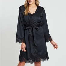 Dongguan Kleding Fabrikant Groothandel Sexy Black Lace Trim Satin Bridal Party Robe