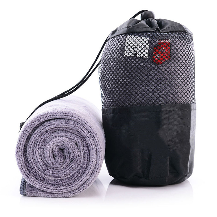 Eco gym bench towel custom logo microfibre gym towel with zipper bag