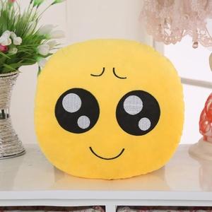 wholesale custom sew custom plush emoji pillow stuffed toys, custom  whatsapp emoji pillow