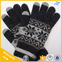 Snowflakes deer pattern can touch screen finger gloves welcome you to cooperate with us
