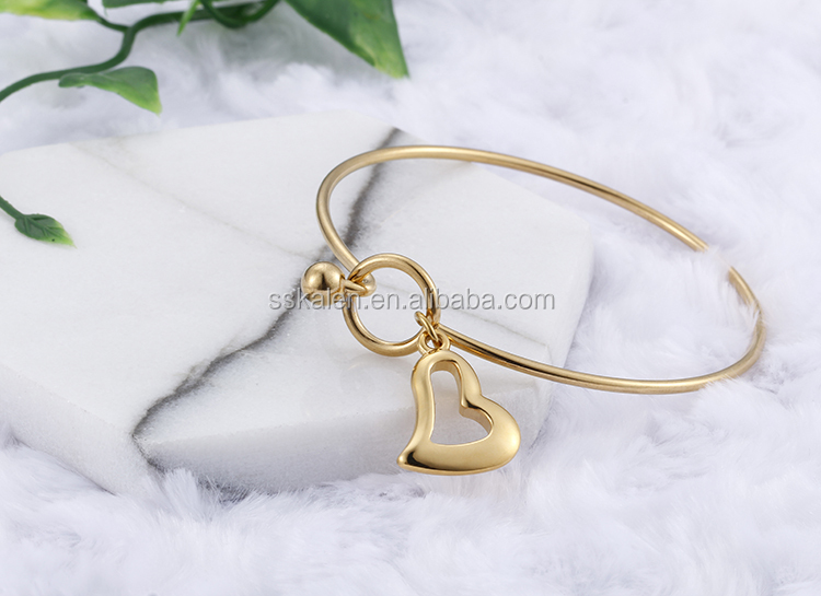 hollow love heart charm fashion Bangle For girls gift jewelry