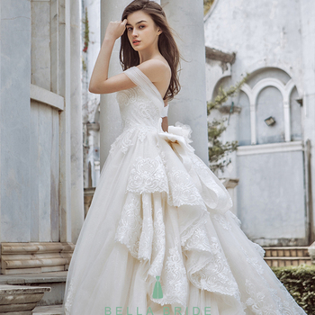 2017 New Arrival Hot Sales Long Tail Wedding Dress With Lace And ...