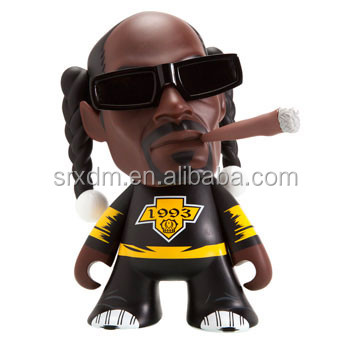 OEM plastic vinyl toy 7 inches lovely famous Snoop Dog rap singer for adults