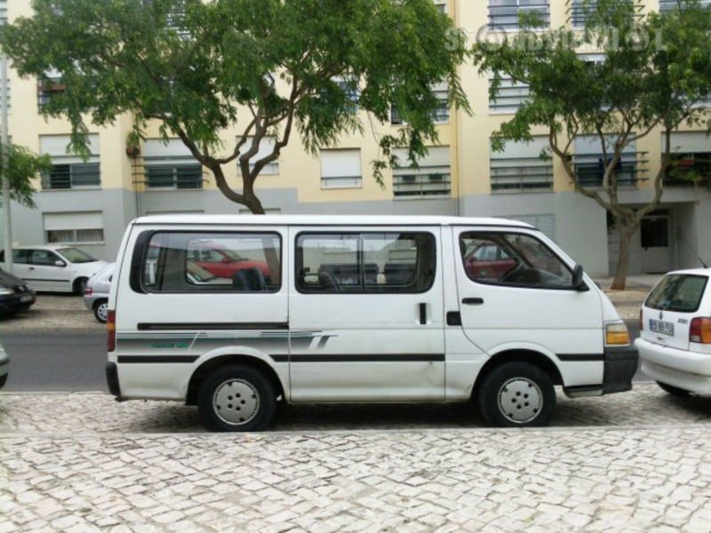 Toyota HIACE h20, 9 places