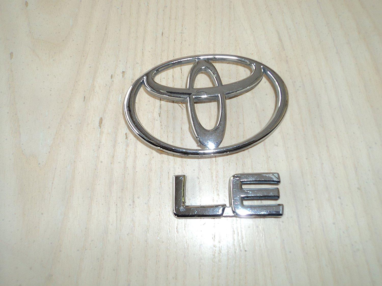 95 96 Toyota Camry Letter C Trunk Emblem Nameplate Badge Rear Deck Lid OEM