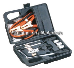 Tire changing hand tools kit