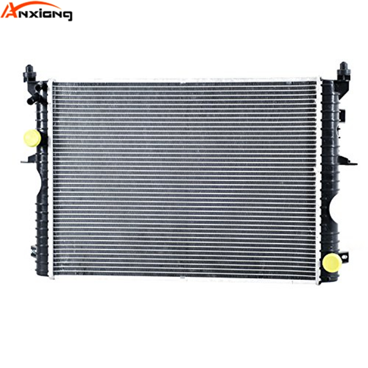 Land Rover Discovery 2 TD5 Radiator PCC001070