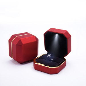 China Supplier Custom Led Ring Boxes In Stock Plastic Led Light Jewellery Box