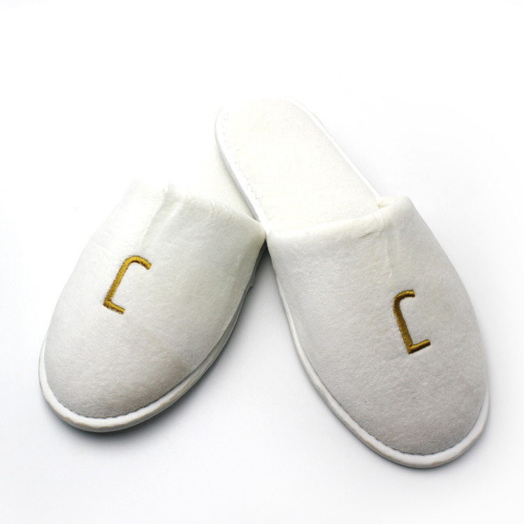 Serviceable custom latest design cozy hotel slippers