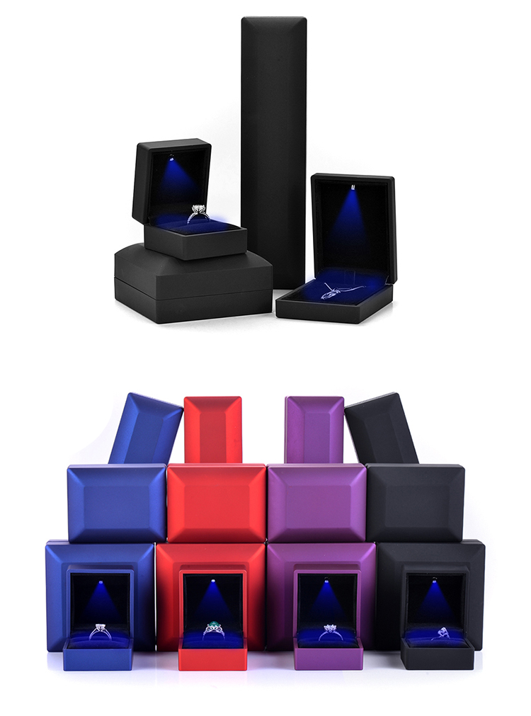 Shenzhen Furong Ring jade pendant packing led light leather jewelry ring box