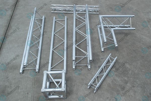 Concert stage roof truss galvanized truss system flat roof for Where to buy trusses