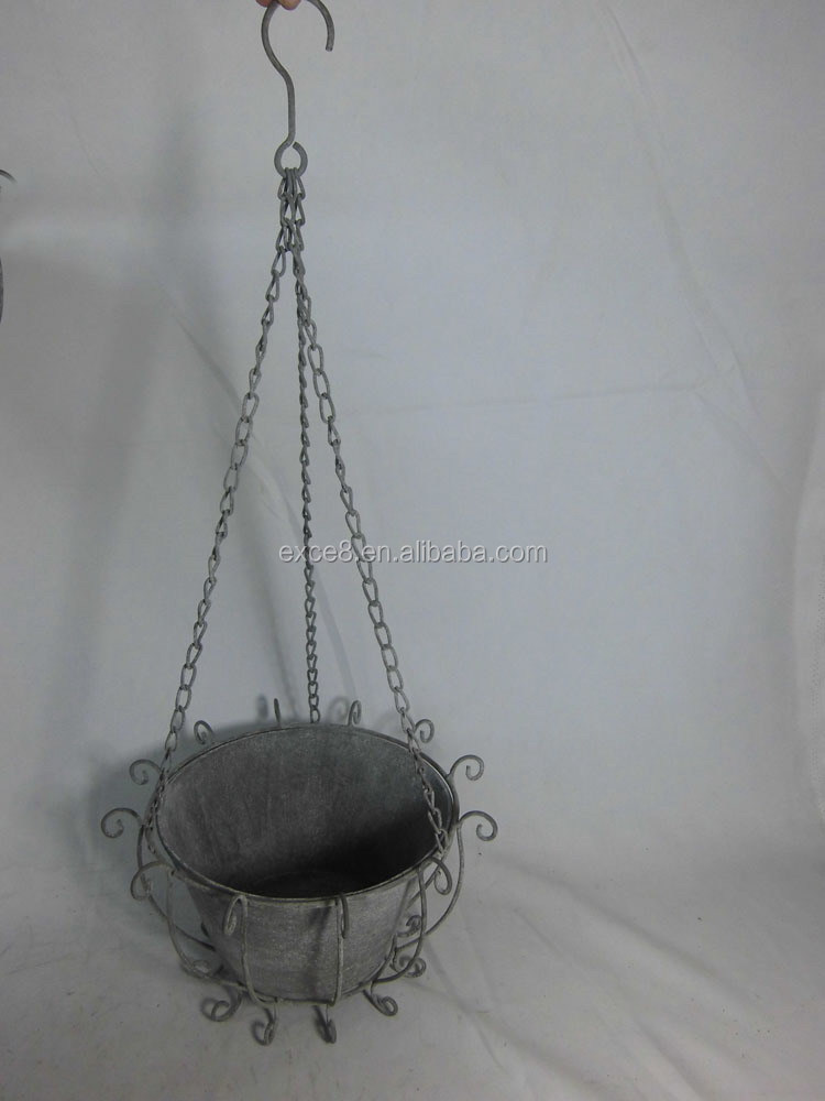 Country garden wrought iron hanging planter