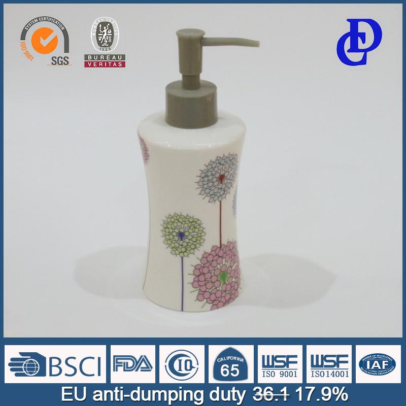 0f6ba11985bfc السيراميك مجموعة الحمام التبعي مع الصابون السائل الصيدلي حامل غسل الغرغرة  كوب