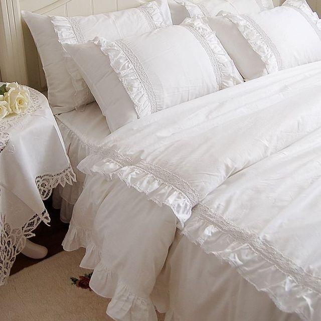 romantique blanc double volants de dentelle ensembles de literie housse de couette. Black Bedroom Furniture Sets. Home Design Ideas