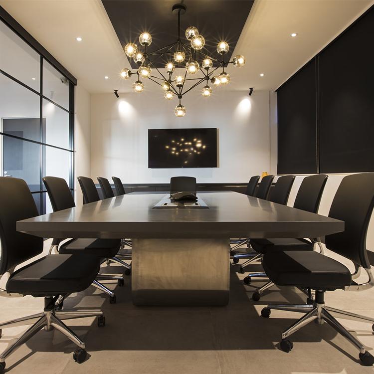 impromptu oval office meeting - 700×700