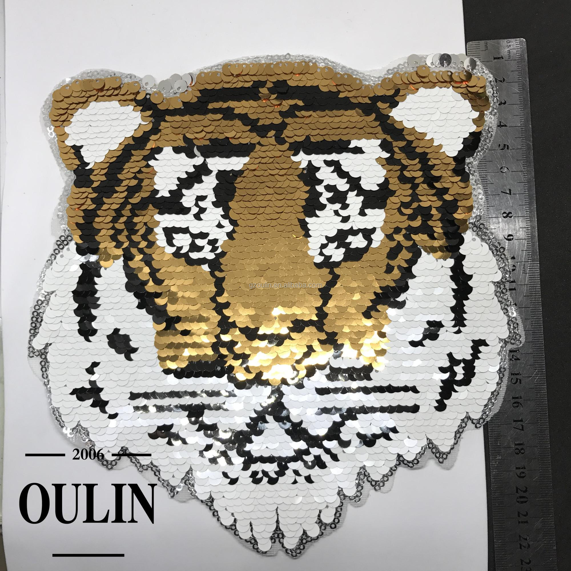 2018 hot selling new design reversible patches type embroidery patches iron on sequins patch