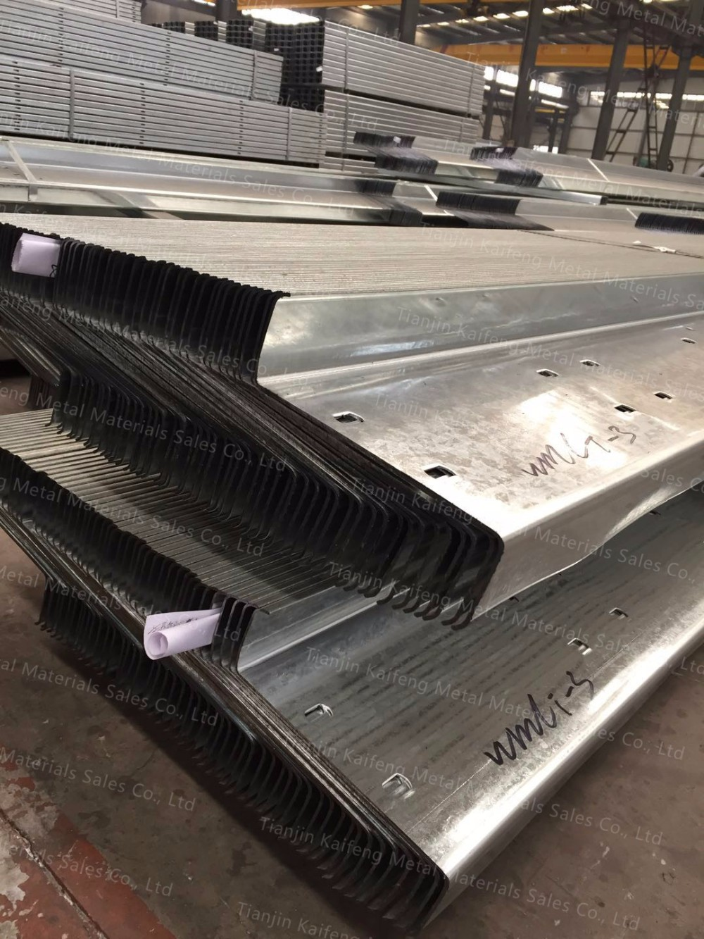 C Channel Steel Zinc Coated / Galvanized Steel Profiles