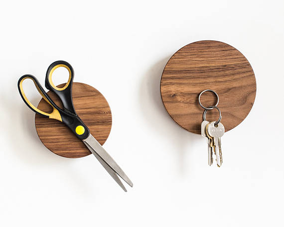 Wooden Wall Decor Hanging Hook Magnetic Key Holder Organizer System For