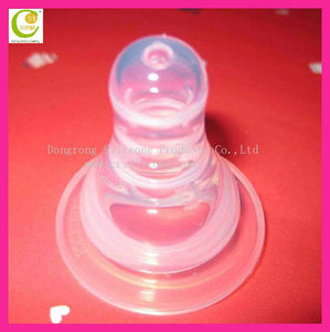 2013 Newly Good Promotional Gifts Baby Nipples/Baby Teats Liquid Silicone Nipple/Injection Baby Silicone Nipple
