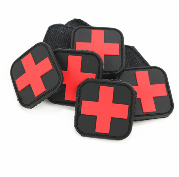 Rock & Pop Lovely Hot Sale 3d Pvc Rubber Medic Paramedic Tactical Army Morale Badge Patches Red Cross Flag Of Switzerland Swiss Cross Patch